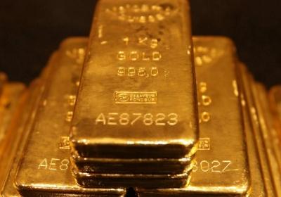 Beleggers in goud kijken de kat even uit de boom