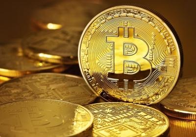 Bloedbad bij Bitcoin doet verkopen gouden munten boomen