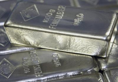 Krachtig offensief speculanten duwt zilverprijs fors lager