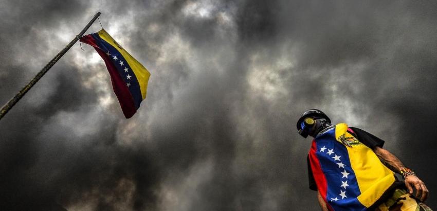 Venezolaanse inflatie swingt de pan uit